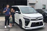 K様、新車ヴォクシーご納車おめでとうございます。