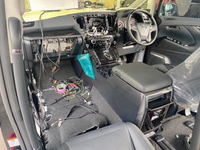 ⭐大人気ALPINE11型ナビ&12.8型後席モニター取り付け可能⭐